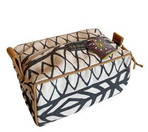 Bilde av Toalettmappe svart/hvit batikk - Unisex